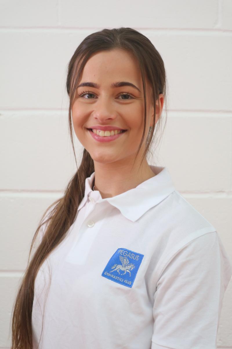 Leia Desseaux - Coach